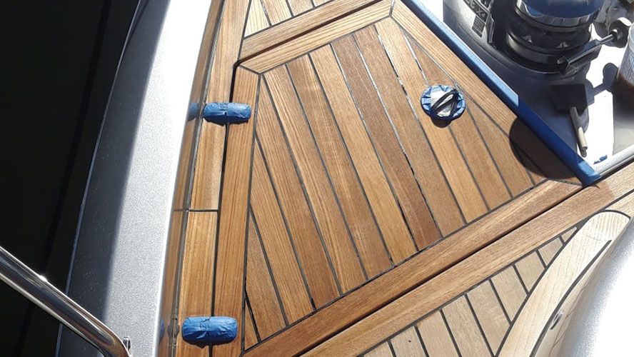 teak-cleaning---hm-car-and-boat-cleaning